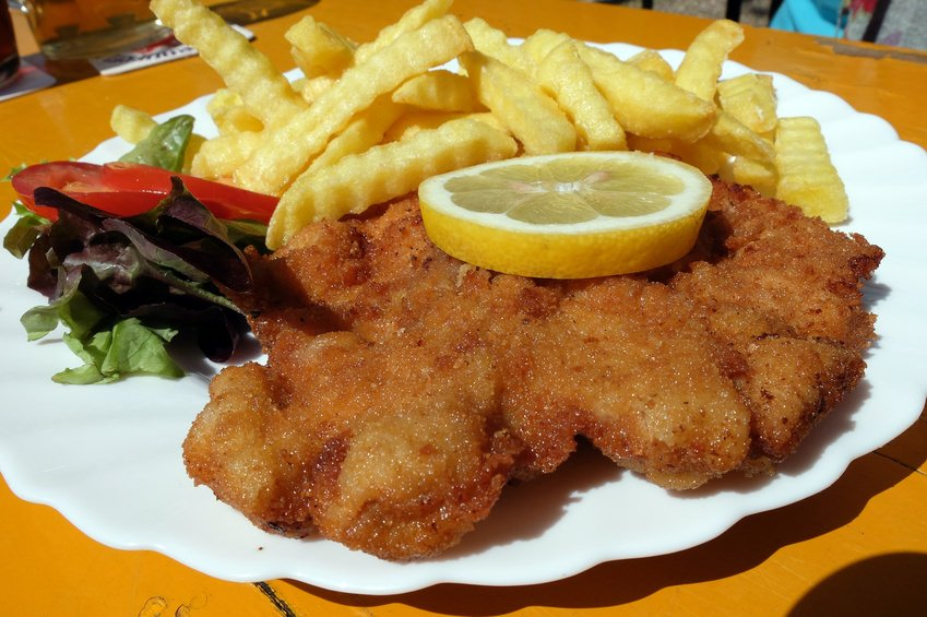 Schnitzel with fries