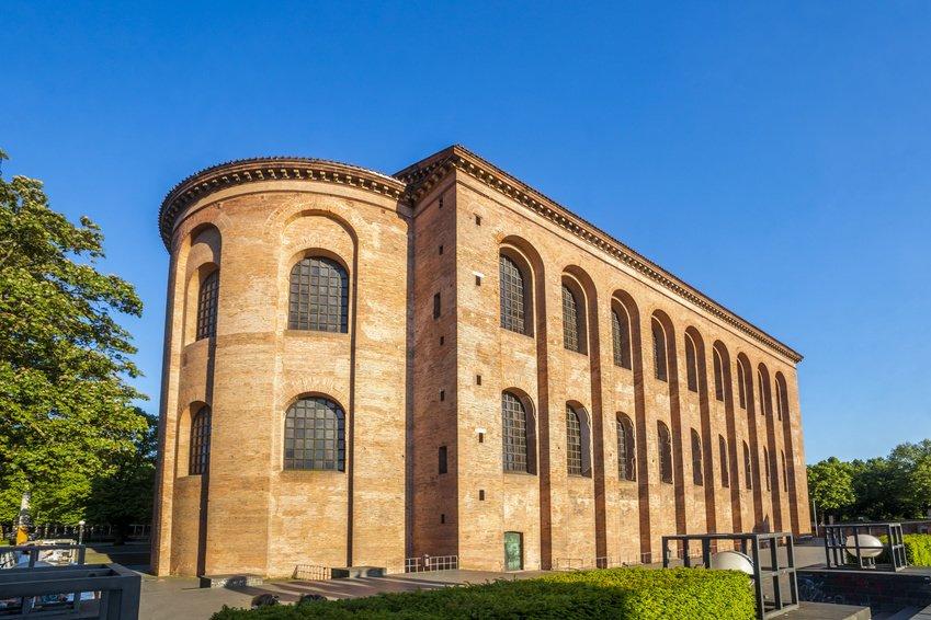 Aula Palatina Trier Kontantinbasilka