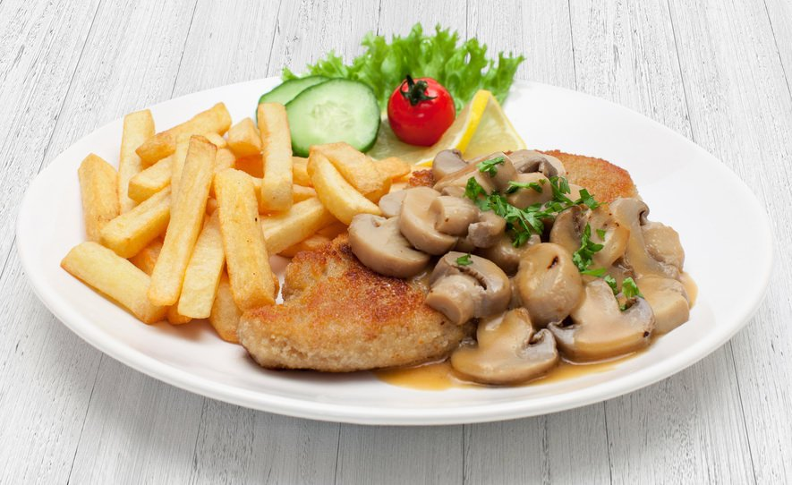 Jagerschnitzel with fries
