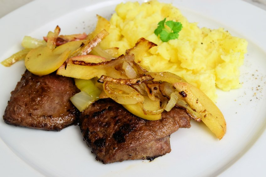 German Liver with apple, onions and potatoes