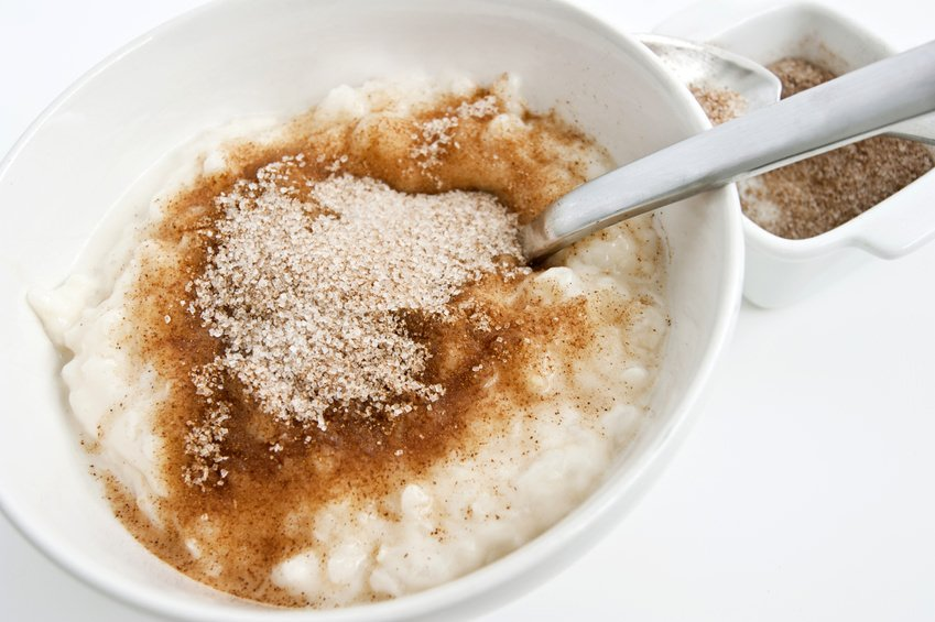 Rice pudding with sugar cinnamon